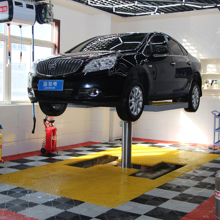 Single Post Inground Car Lift
