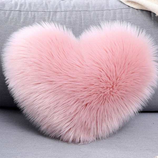 New Fashion Design Heart Shaped Felt Cushion Cover For Home