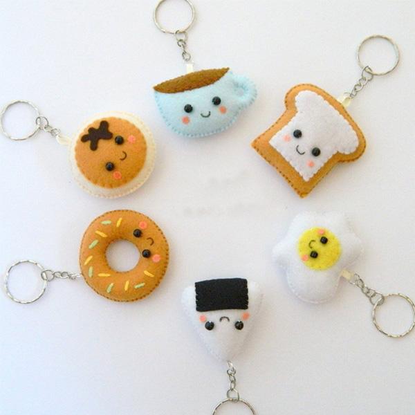 Custom Embroidery Felt Key Chain New Design Felt Keychain