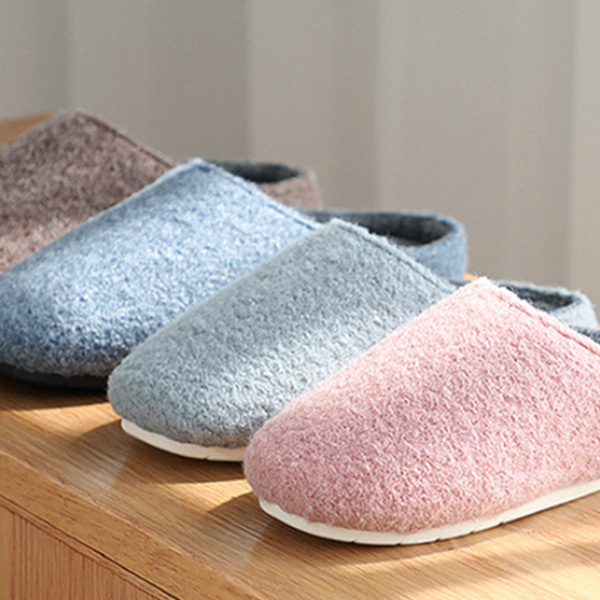 Home hotel winter polyester felt slippers rubber bottom non-slip