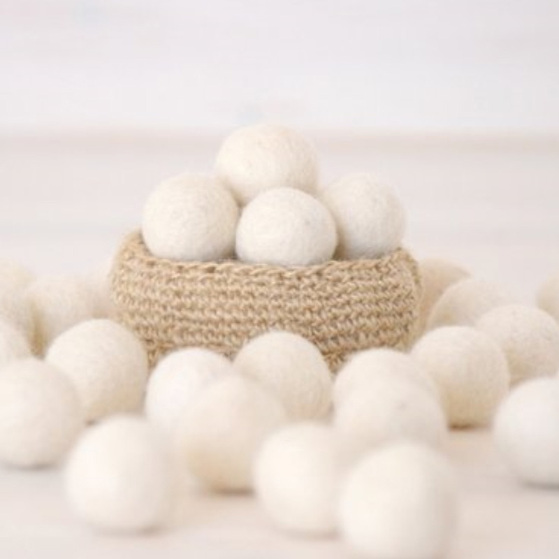 Handmade Colorful Eco-Friendly Cat Wool Balls