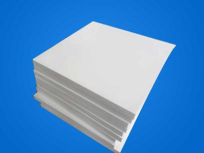 白色模压板