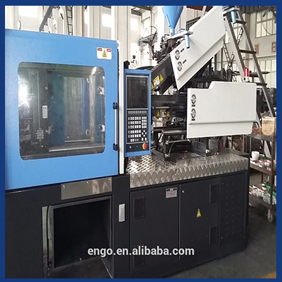 Mix color and two color injection molding machine