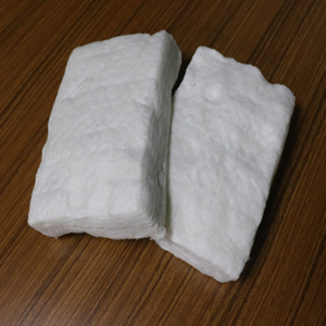 Formaldehyde-free glass wool pieces