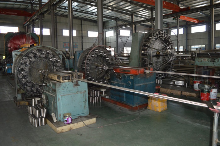 Stainless steel mesh production equipment