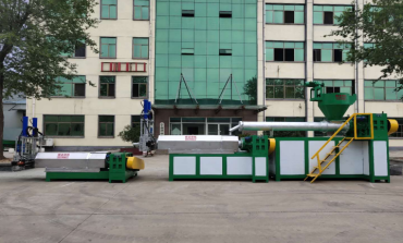 plastic recycling machine and plastic granulator