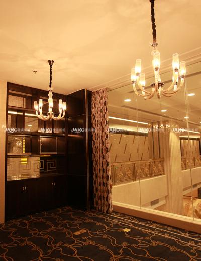 Ống thủy tinh cong với đèn led cho khách sạn Yutong