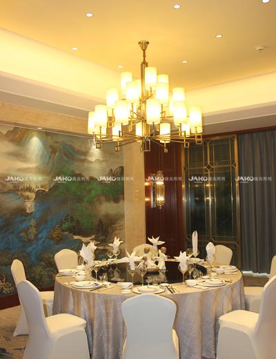 Đèn chùm acrylic trong phòng khách Jingling Shihu Garden Hotel
