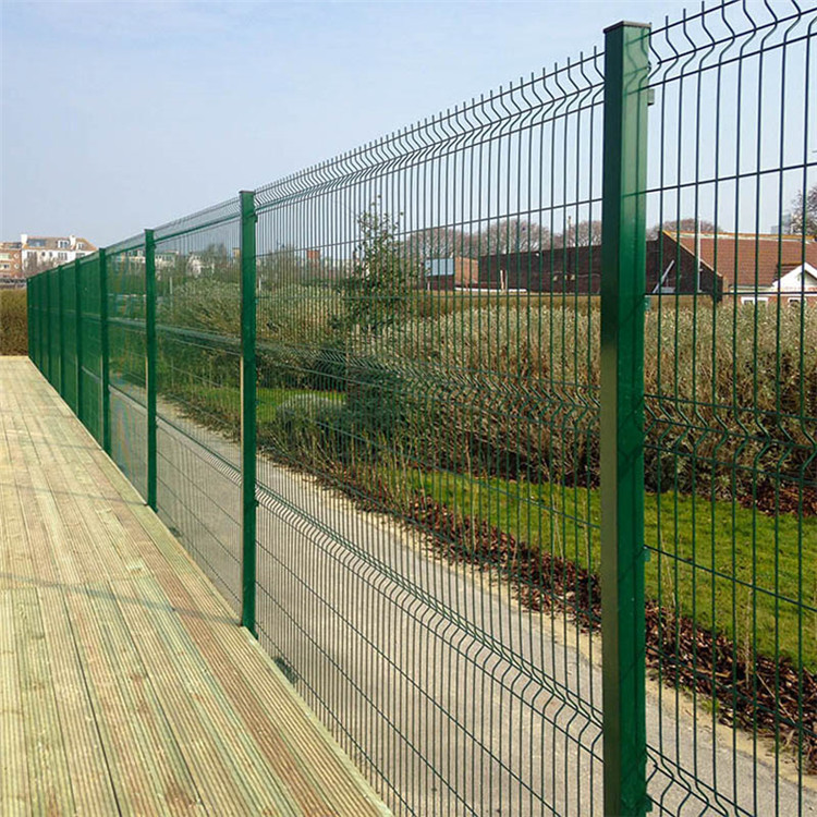 Lowest-Price-Galvanized-Welded-Wire-Mesh-Fence.jpg