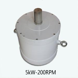 Courant d'eau et PV / Wind Hydrid Power 5KW / 200rpm / DC240V