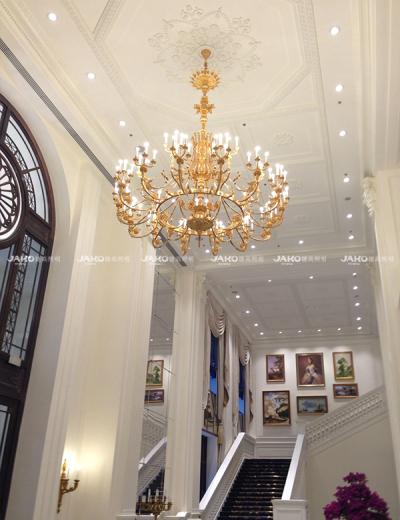 Ánh sáng cầu thang kim loại theo phong cách châu Âu của Ritz-carlton tianjing