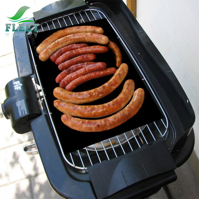 Non-stick Grill Mat for Bacon Eggs and Pancokers.jpg
