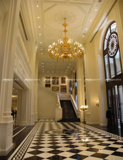 Ánh sáng cầu thang mạ kim loại theo phong cách châu Âu của Ritz-carlton tianjing
