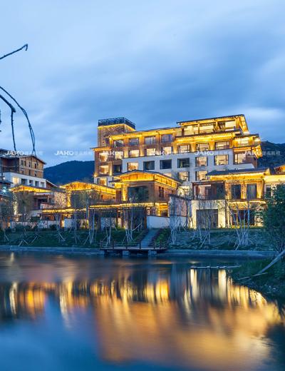 Khách sạn Tingyard Linzhi Tây Tạng