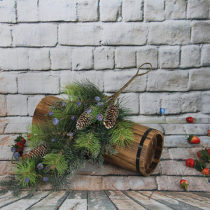 59Cm Artificial Decorative Christmas Swag/Drop With Pine Cone&Blue Berry