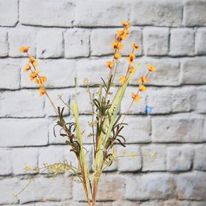 56cm Artificial/Decorative Wild Fower Rttlebush with Gypsophila