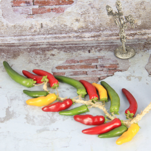 60Cm Artificial Simulation Decorative Fruits String Chilli Mixed Color