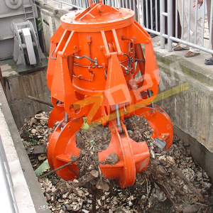 Hydraulic garbage grab
