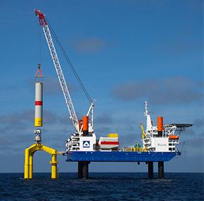 La industria offshore se centra en la seguridad de las grúas.