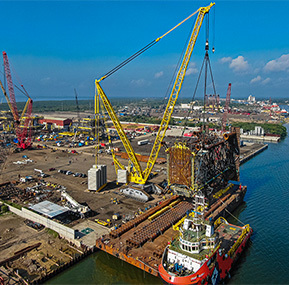 Massive crawler crane used to lift oil platforms