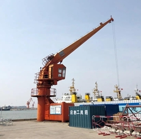 Shandong offshore engineering company deck crane equipped with Weite WTL-A200 Load Moment Indicator System