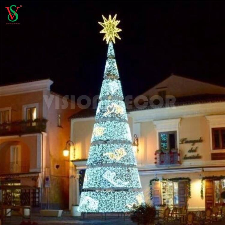 Christmas Light Up Tree