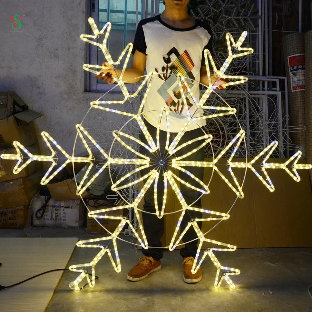 Shopping Mall Snowflake Light