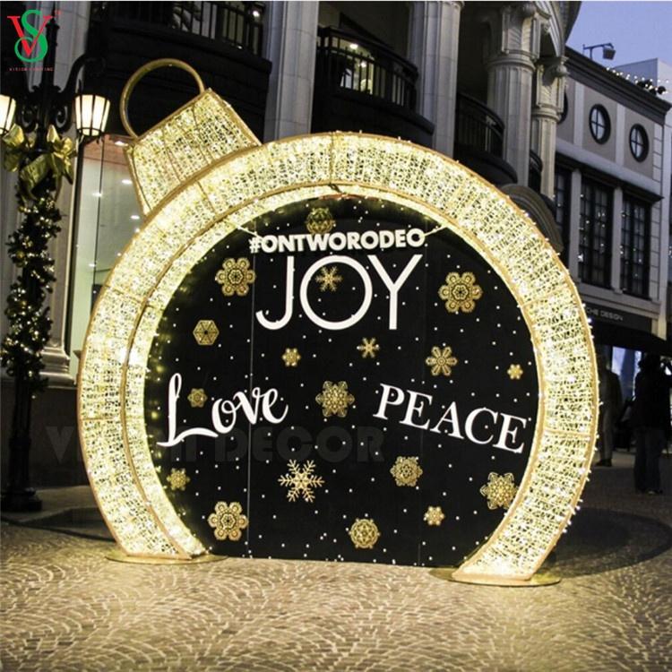 Christmas Decorative Waterloo