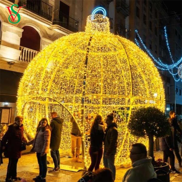 220v Giant Ball Lights
