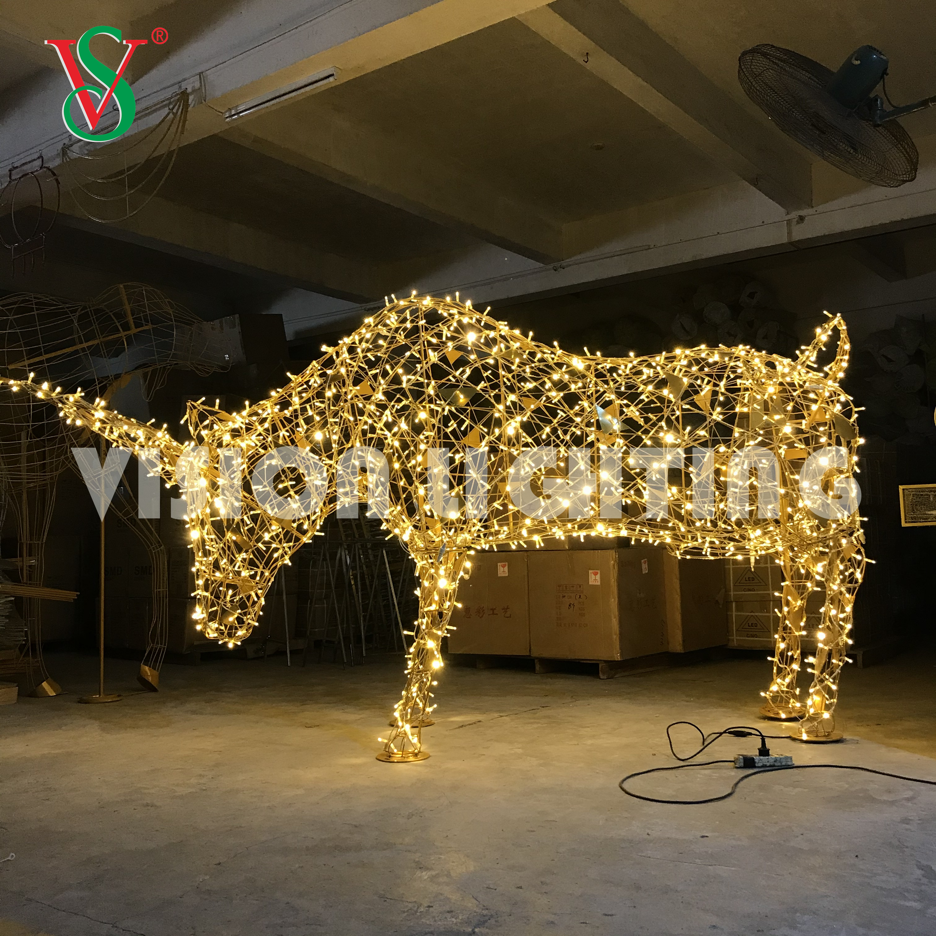 LED Vivid Simulated 3D Lighted Bull OX Animal Sculpture Light for Outdoor Decoration