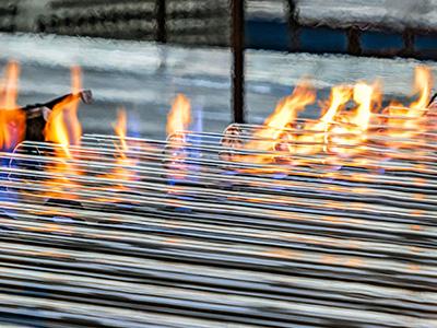 La ventaja de la composición del tubo de vacío solar