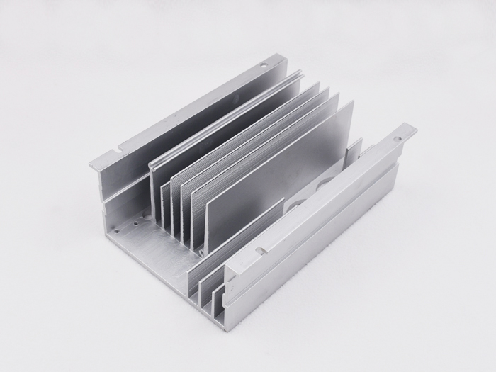 The influence of water capacity of electronic radiator on heating