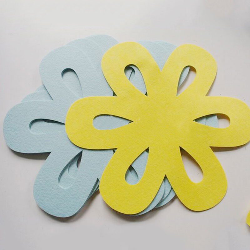 China promotional flower shape felt pan protector, pan mat