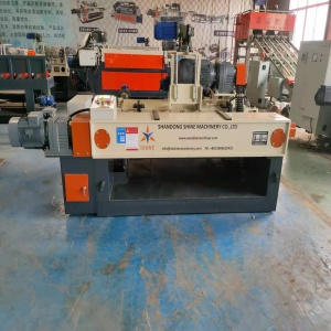 4ft spindle less veneer peeling machine for plywood production line