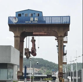 Wtau supplied portal crane safety load monitoring system for Jialingjiang heavy equipments